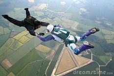two-skydivers-freefall-9932846
